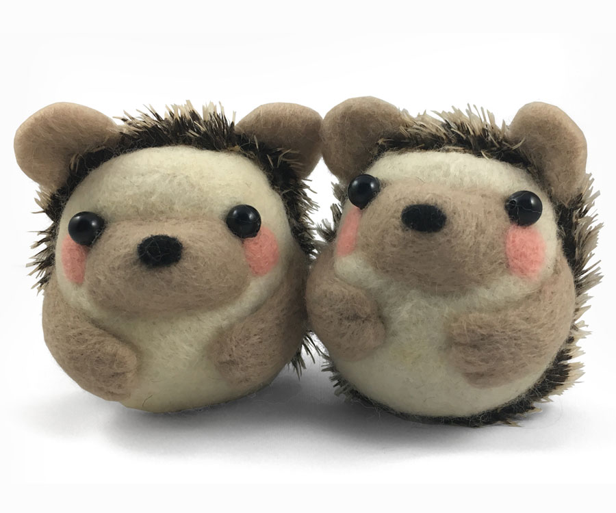 Felted Hedgehog Pair